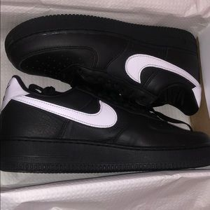 Nike air force 1 low retro qs size 10 brand new